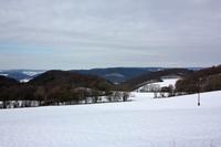 Winterlicher Blick zu den Wiesen und Feldern des Keudelsteins