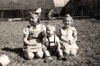 Kinder der Familie Rhode auf dem Keudelstein