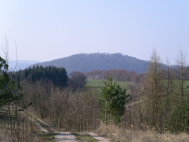 Das Keudelsteiner Gutsgelände im März 2004